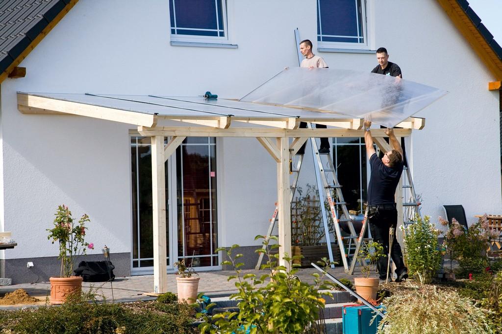 Aufbau Einer Leimholz Terrassenberdachung intended for proportions 4992 X 3328