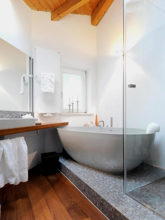 Bad Freistehende Badewanne Dusche Modernes Wohndesign inside size 938 X 1250