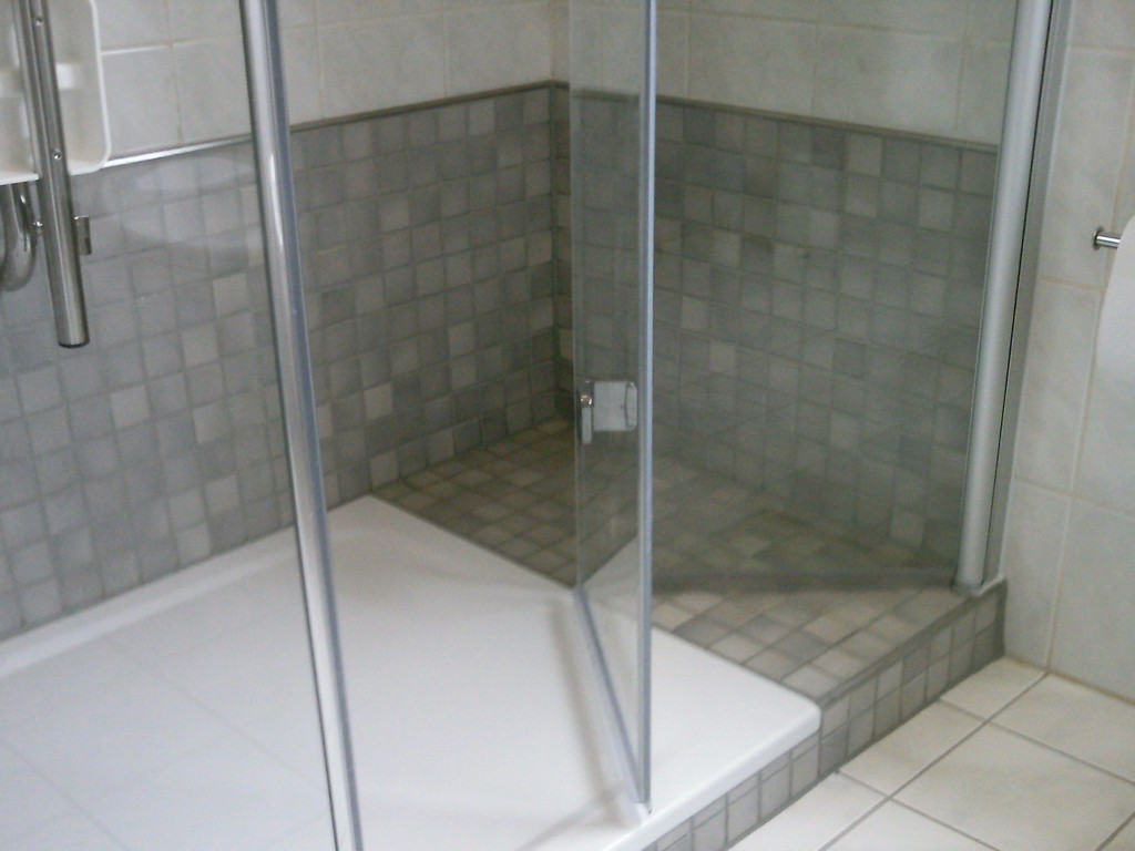 Badewanne Durch Ebenerdige Dusche Ersetzen Wohn Design throughout proportions 2048 X 1536