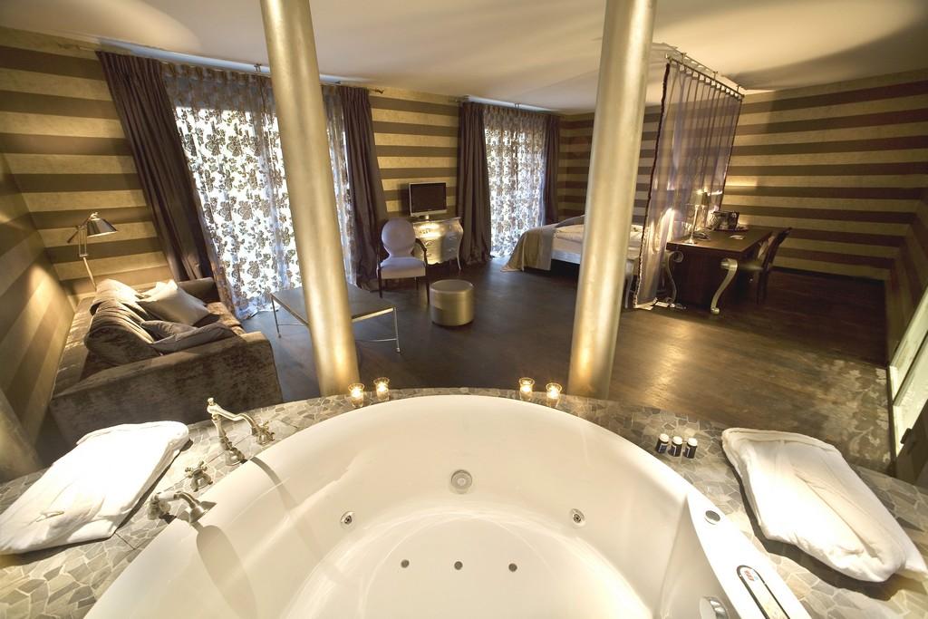 Balkon Gartenideen Schn Hotelzimmer Mit Whirlpool Was Fur Ein throughout measurements 4368 X 2912