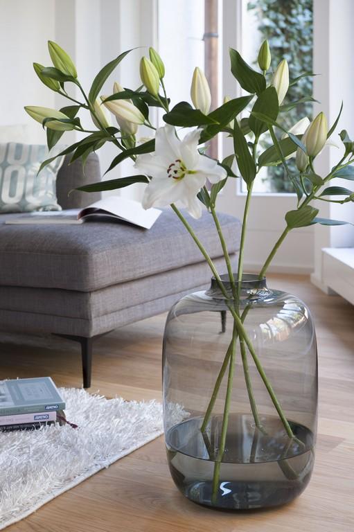 Beweist Gre Bei Der Dekoration Die Xl Vase Betont Den Opulenten within size 2832 X 4256