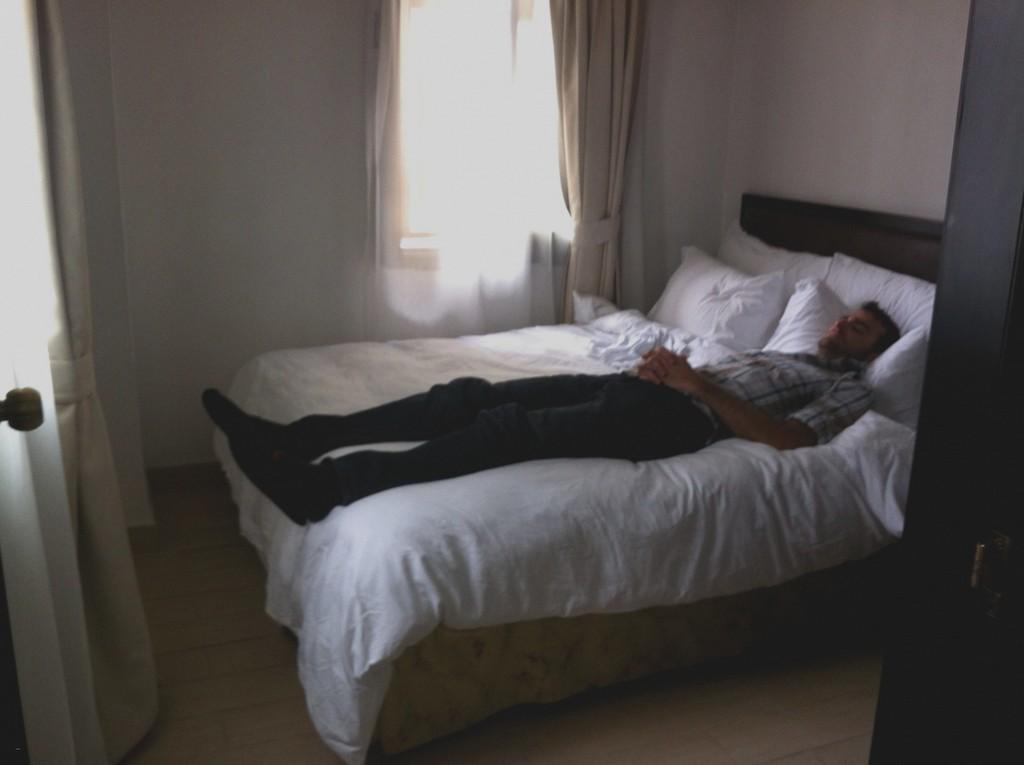 Bilder Von 10 Qm Schlafzimmer Einrichten 5 Kche Einzigartig Zimmer within dimensions 1325 X 990