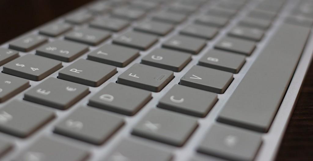 Das Surface Keyboard Im Test Der Neue Favorit Auf Meinem within measurements 1800 X 929