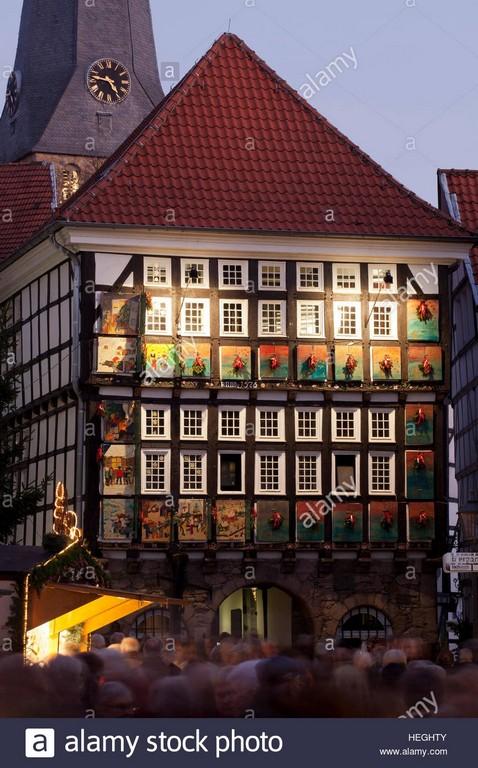 Deutschland Hattingen Vom 1 Dezember 24 Fenster Des Alten inside proportions 866 X 1390