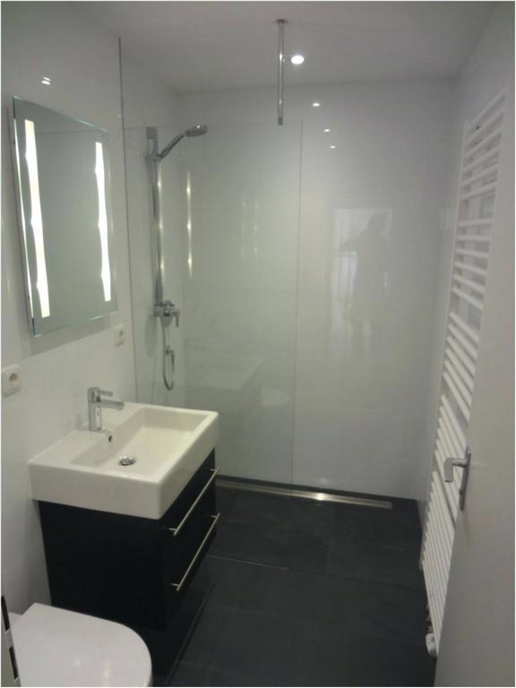 Dusche Erneuern Foto Casa Eine Moderne Kombination Aus Badewanne Und throughout measurements 1027 X 1369