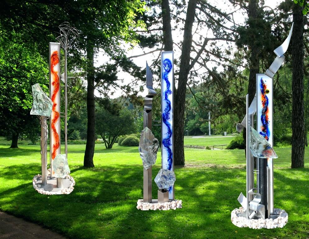 Edelstahl Skulpturen Stelen Und Moderne Edelstahlkugel Garten in sizing 1920 X 1484