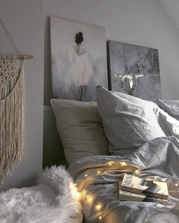 Ein Kuscheliges Fell Darf Auch Im Schlafzimmer Nicht Fehlen inside measurements 1080 X 1350