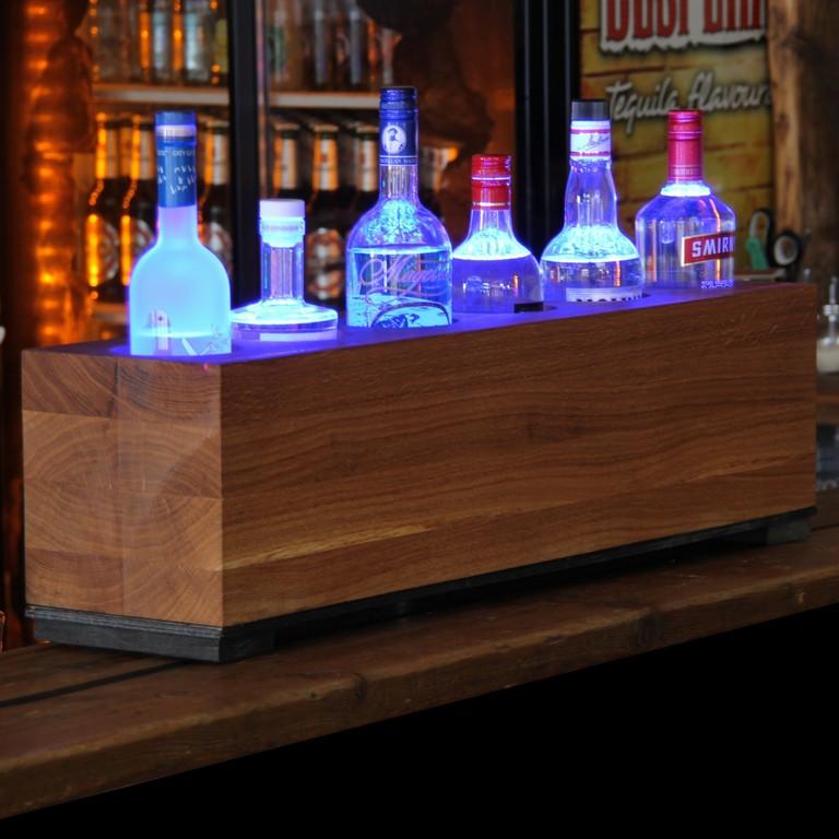 Einzigartiges Mit Stil Wooden Bar Bei Unikatoo in size 2000 X 2000
