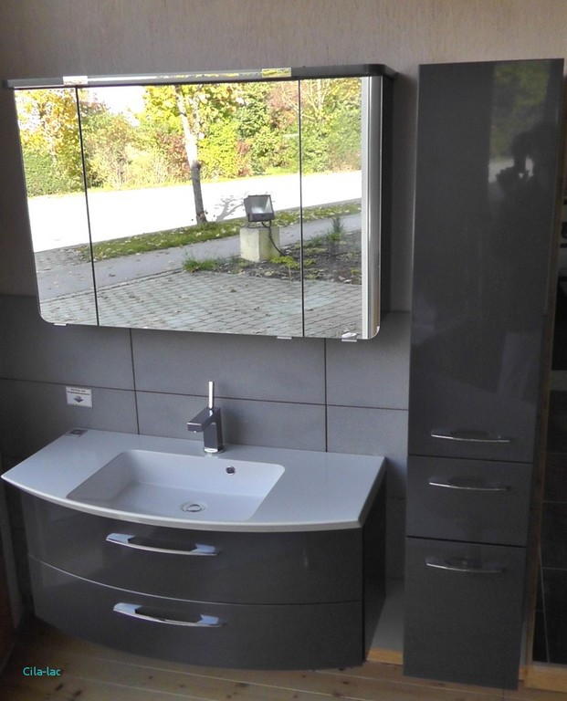 Elegant Badezimmer Fliesen Mit Badmbel Waschbecken Badezimmer with regard to sizing 1000 X 1237