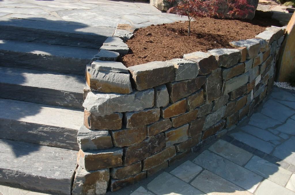 Garten Terrasse Auengestaltung Mauer Trockenmauer with regard to proportions 4000 X 2656
