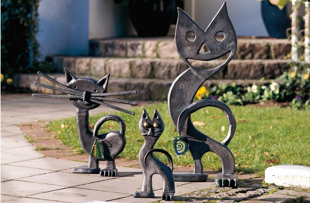 Gartenskulpturen Metall Modern Mit 4 Und 8eck Sule Rost Line intended for dimensions 1600 X 1050