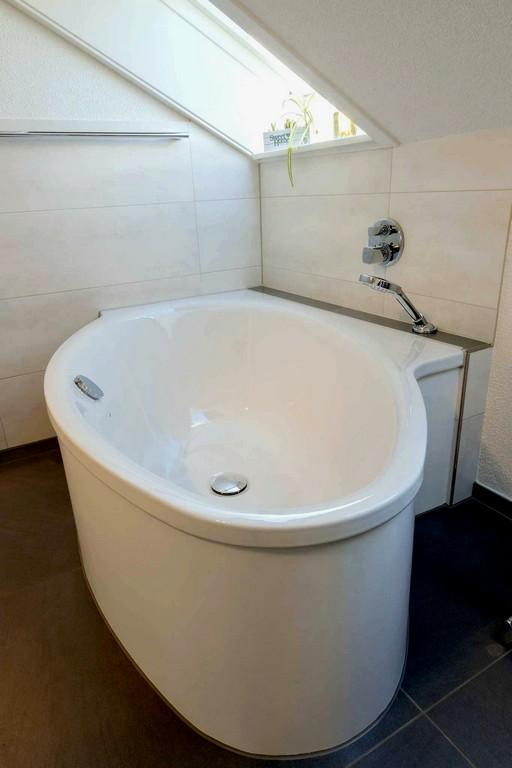 Husliche Verbesserung Preis Badewanne Wunderbar Wanne In with regard to proportions 1365 X 2048