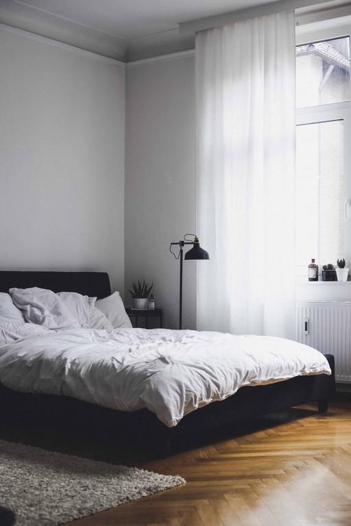 Interior Schlafzimmer Bett Doandlivede Lifestyleblog Aus pertaining to dimensions 1440 X 2160
