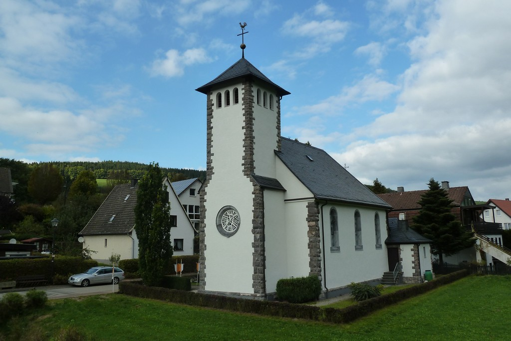 Karl Leisner Fenster In Der Kirche Von Marsberg Helminghausen Iklk inside measurements 4176 X 2784