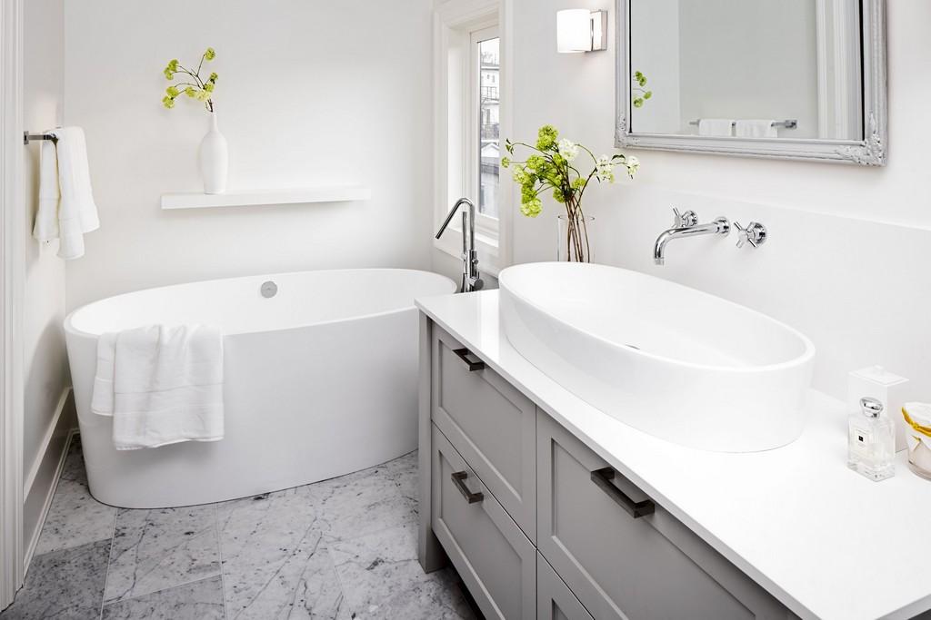 Kleines Bad Mit Wanne Google Suche Bath Black White Art Deco throughout sizing 3543 X 2362