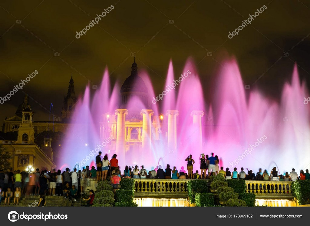 Magische Brunnen Licht Show In Barcelona Stockfoto Bloodua intended for measurements 1600 X 1167