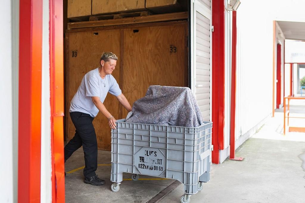 Mbel Einlagern In Kln Lagerung Sicher Sauber Und Gnstig Ab 1m for proportions 1200 X 800