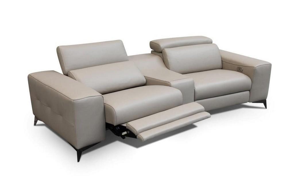 Modernes Sofa Mit Elektromotoren Fr Senioren Idfdesign intended for proportions 1200 X 799