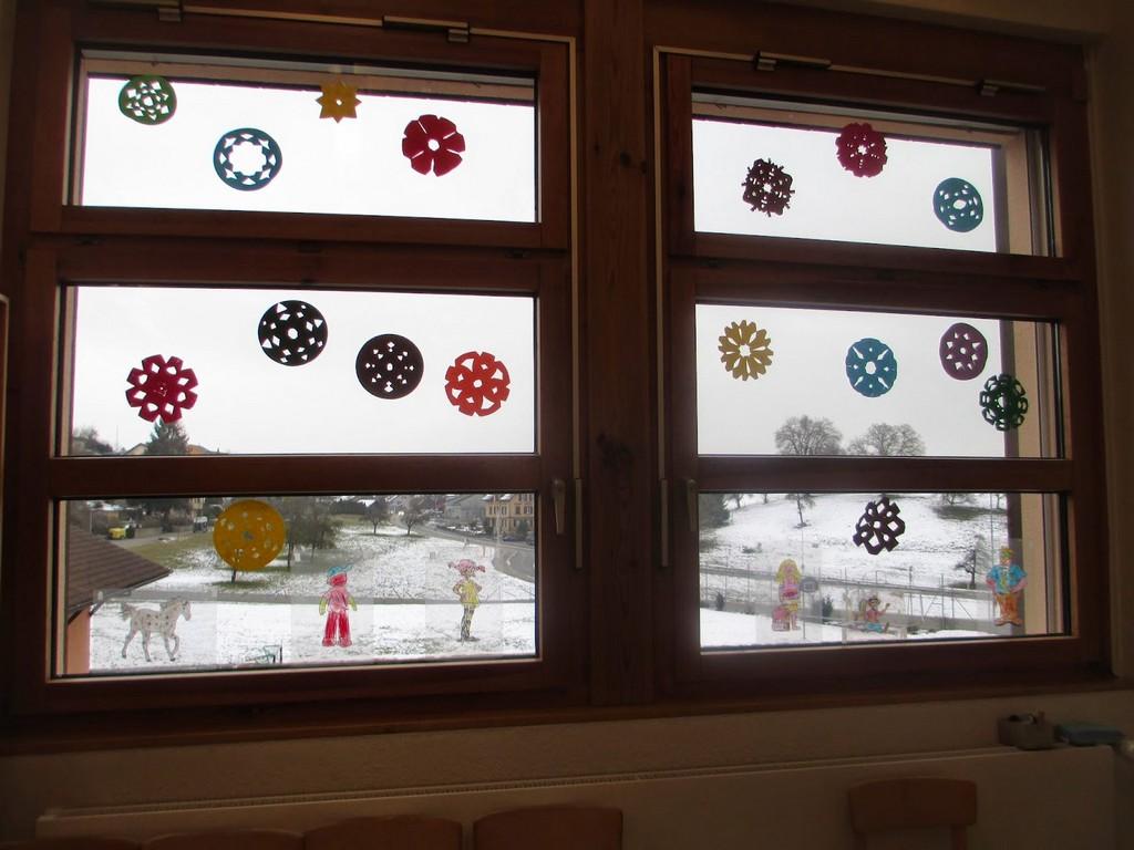 Fensterdeko Fasching Kindergarten Haus Ideen