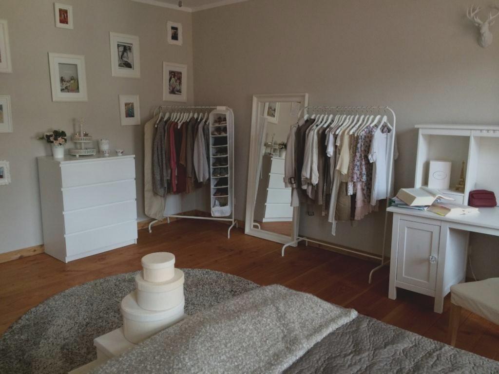 Neuesten Quadratisches Schlafzimmer Einrichten Innenarchitektur regarding sizing 1320 X 990