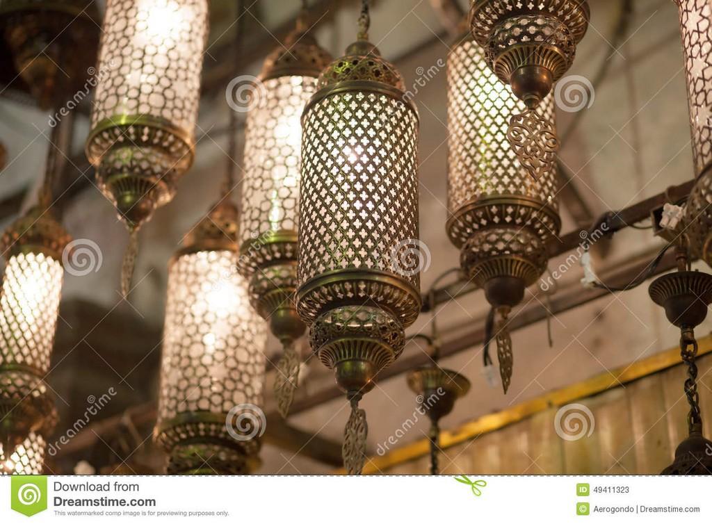 Orientalische Lampen Die Am Markt Hngen Stockbild Bild Von throughout dimensions 1300 X 957