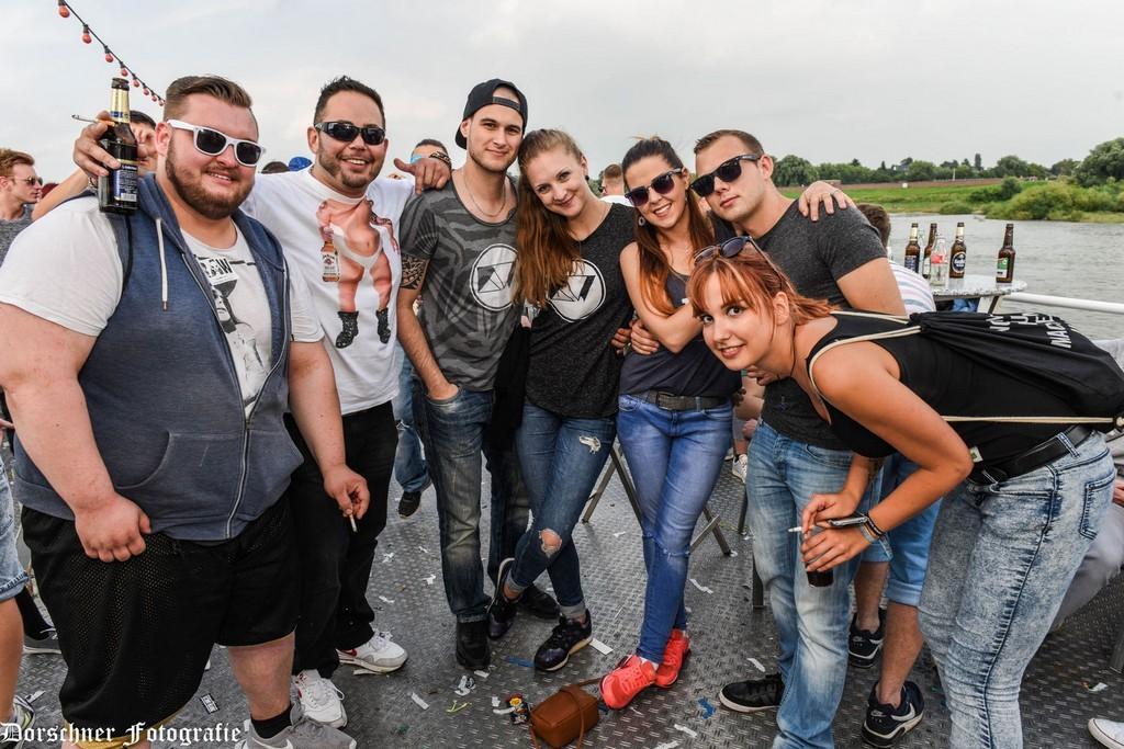 Partyfotos Elektrokche 17072016 Elektrokche Boot Kln Bild with size 1500 X 1001