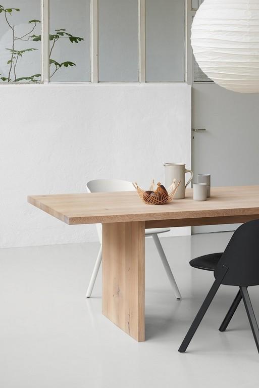 Rechteckiger Tisch Aus Massivem Holz Ashida E15 throughout proportions 840 X 1258