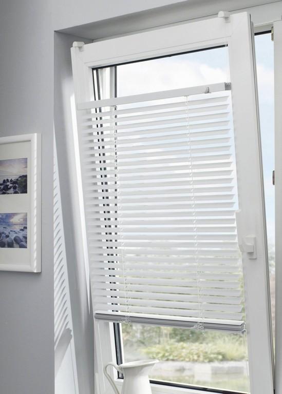 Rollos Fr Dachfenster Innen Genial Ziemlich Fensterlamellen Fenster for proportions 1800 X 2520