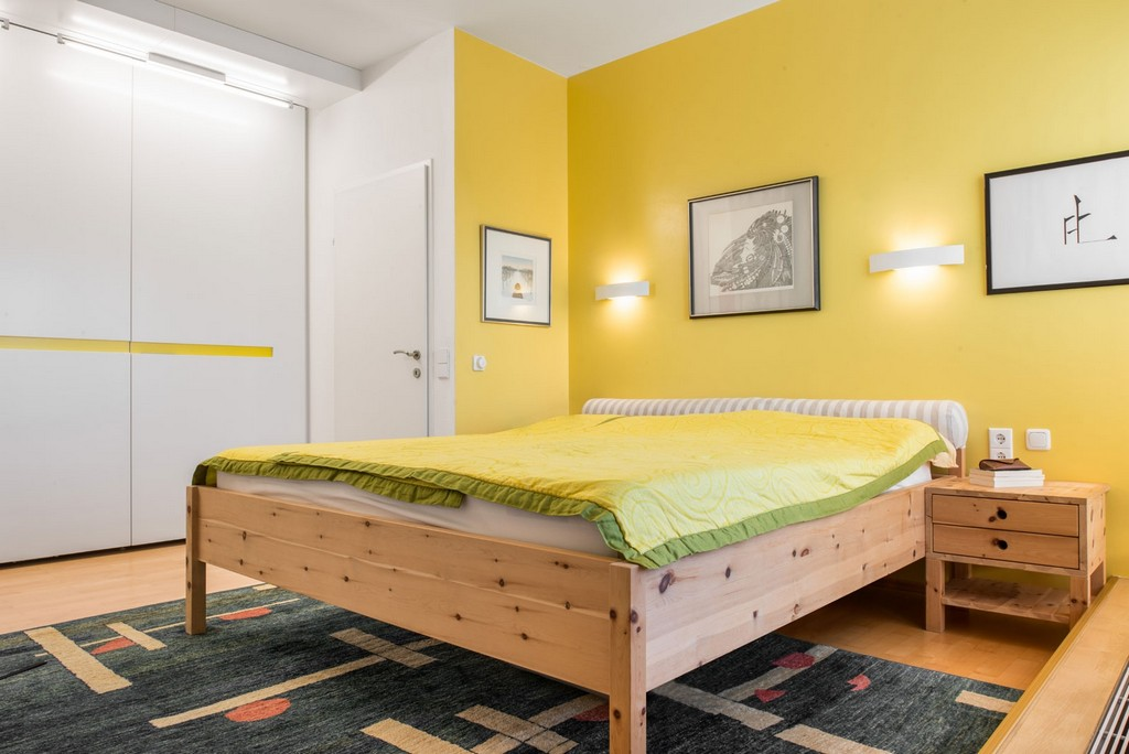 Schlafzimmer Zum Wohlfhlen In Zirbelkiefer inside measurements 1600 X 1068