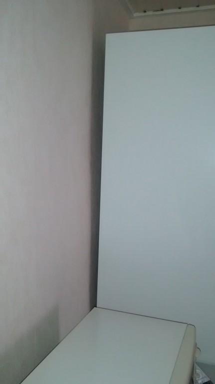 Schrank An Wand Befestigen Bei Extrem Schiefen Wnden inside proportions 728 X 1296