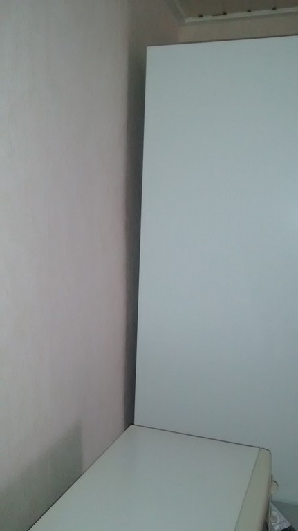 Schrank An Wand Befestigen Bei Extrem Schiefen Wnden regarding proportions 728 X 1296