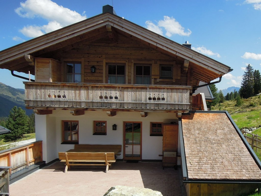 Skihtte Chalet Lang In Hochkrimml Fr 14 Personen Zillertal Arena within sizing 1200 X 900