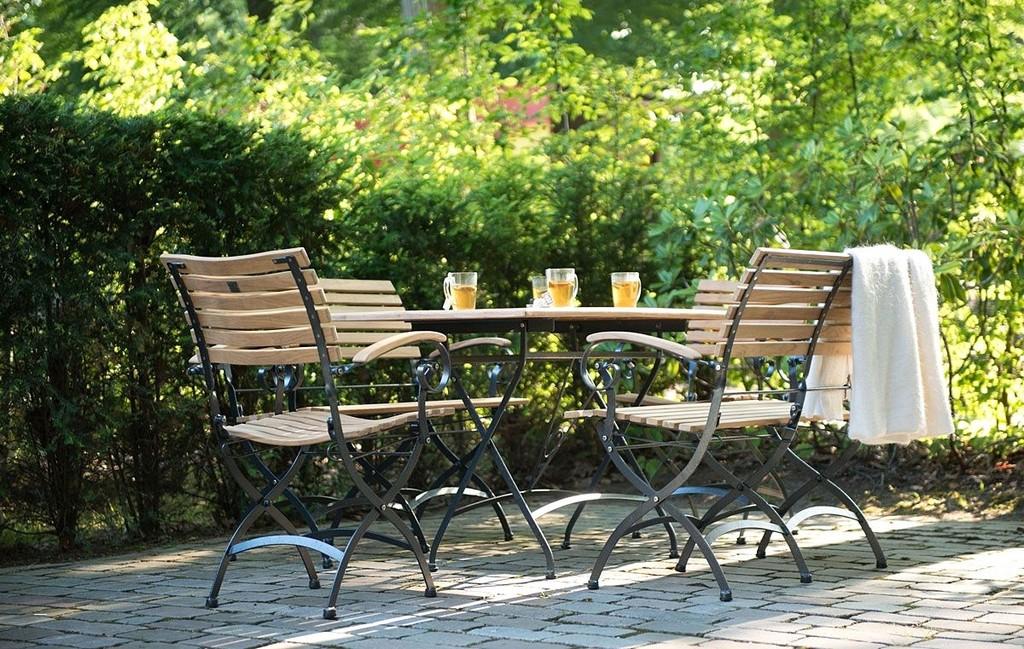 Spektakulre Ideen Gartenmbel Holz Metall Und Gartengarnitur Luxus with proportions 1200 X 761