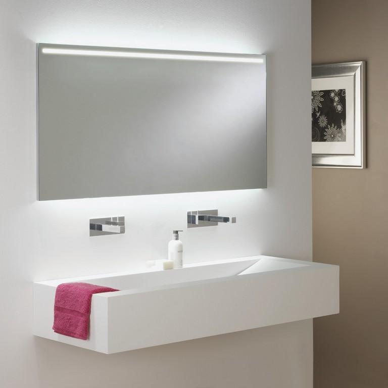 Spiegel Mit Integrierter Led Beleuchtung Frs Badezimmer Avlon 1200 in proportions 1300 X 1300