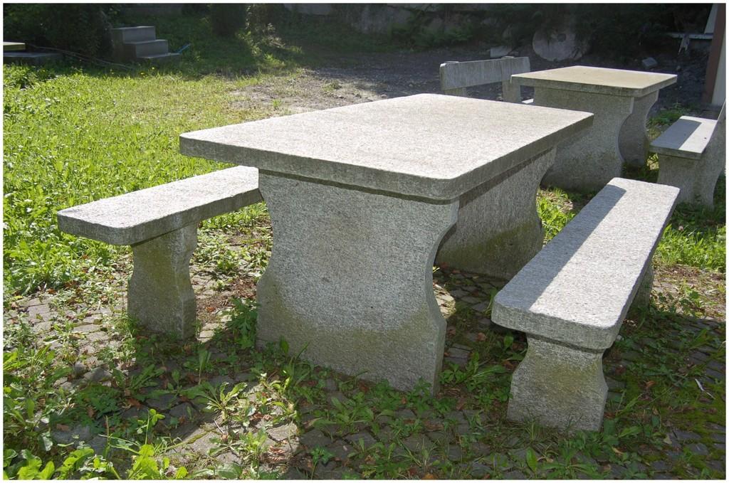 Steintisch Garten 301131 Granittisch Und Bank Aus Tessiner intended for measurements 2256 X 1496