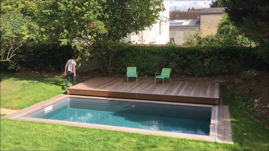 Terrasse Mobile De Piscine Un Rolling Deck De Plus De 6m De intended for measurements 1280 X 720