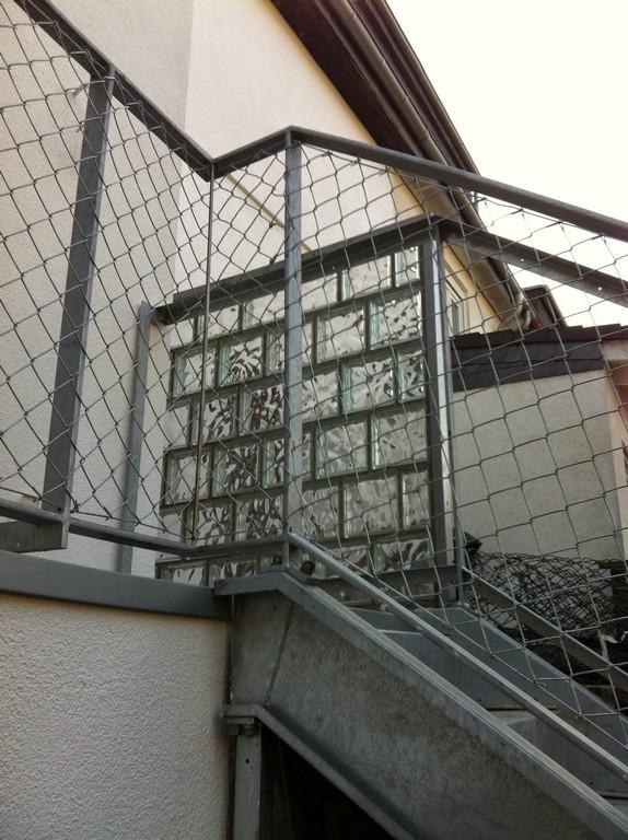 Terrassen Und Treppengelnder Mit Maschendraht Frbel Metallbau intended for measurements 1195 X 1600