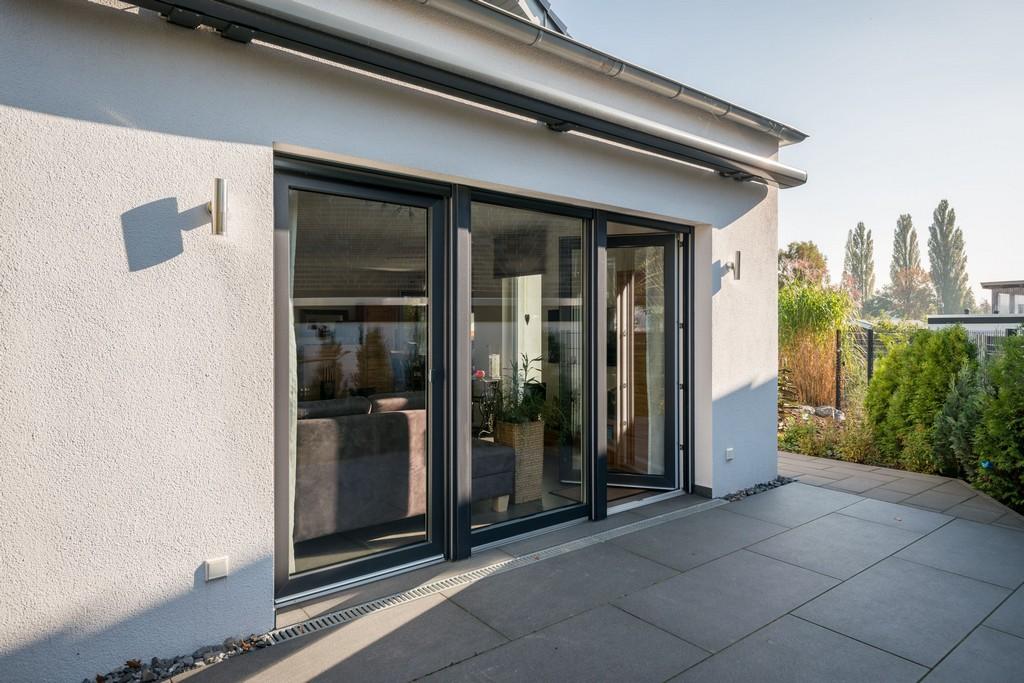 Terrassentren Aus Hochwertigen Kunststoff Und Glas Fenster pertaining to size 3870 X 2583