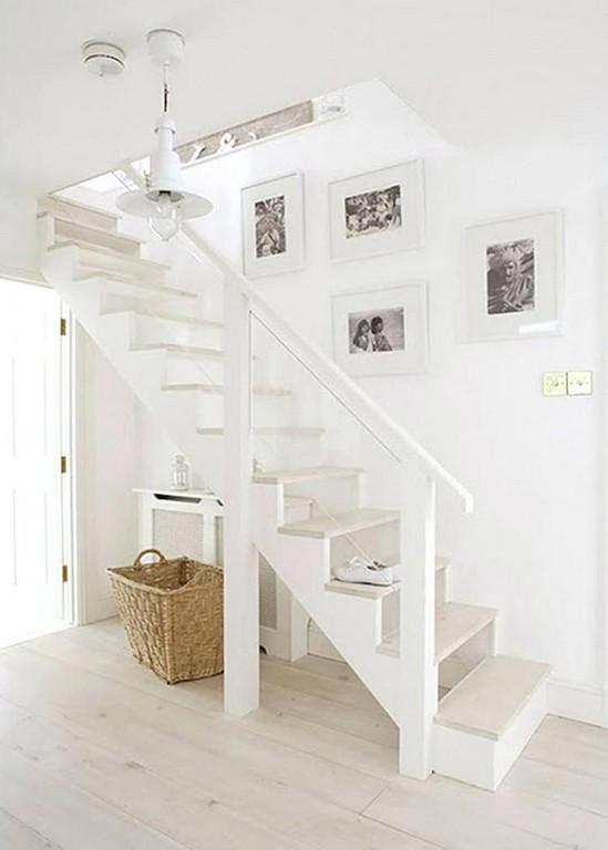 Treppe Zum Dachboden Einzigartig Eine Sich Auch Ohne Den Handlauf for proportions 750 X 1050