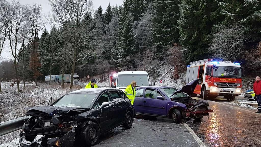 Unfall Auf Der Schrnke Drei Verletzte Und Rund 20000 Euro throughout sizing 1200 X 675
