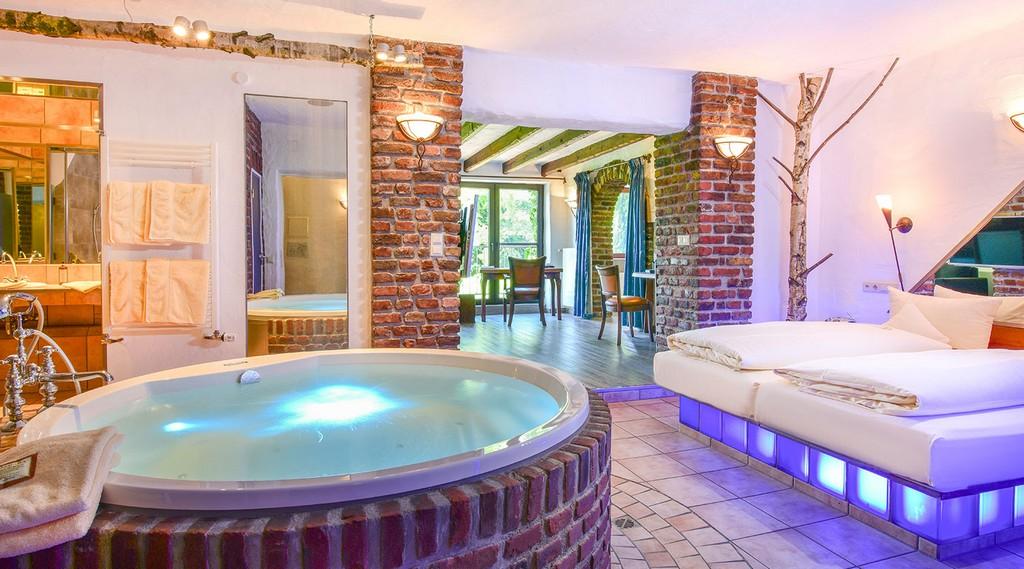 Wellness Suite Mit Sauna Nrw Rheinland Dsseldorf Mettmann Land Gut with size 1500 X 833