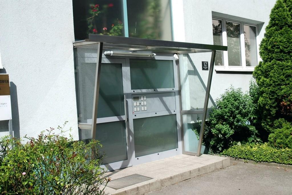 Windschutz Aus Glas Fur Terrassen Terrasse Verschiebbar Balkon with measurements 1800 X 1205