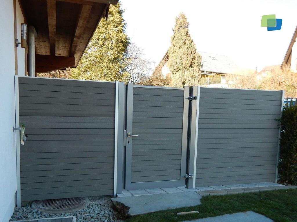 Wpc Sichtschutz Mit Einer Eingebauten Tr Gates Fences Doors in size 1920 X 1440
