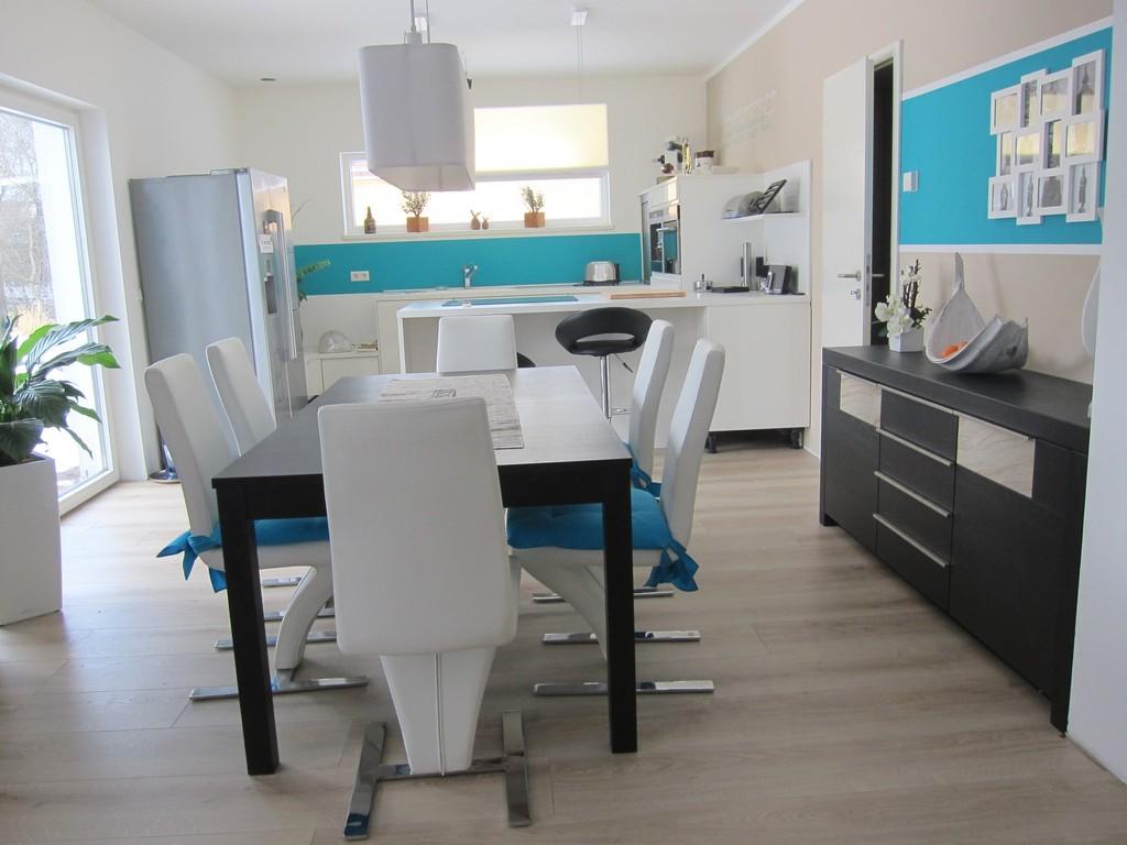 Wunderbare Inspiration Kche Und Wohnzimmer In Einem Kleinen Raum with size 3200 X 2400