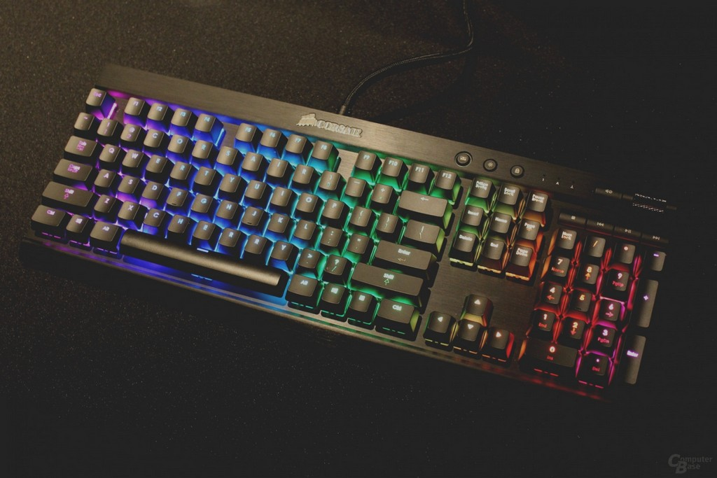 Wunderbare Pc Tastatur Mit Beleuchtung Mechanische Rgb Von Corsair for size 1410 X 940