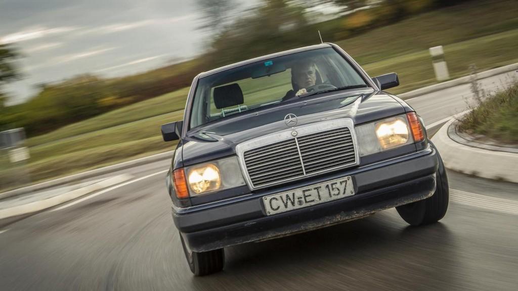 124er Mercedes Dieser Mann Ist Kilometer Millionr Wider Willen Welt intended for size 1200 X 675