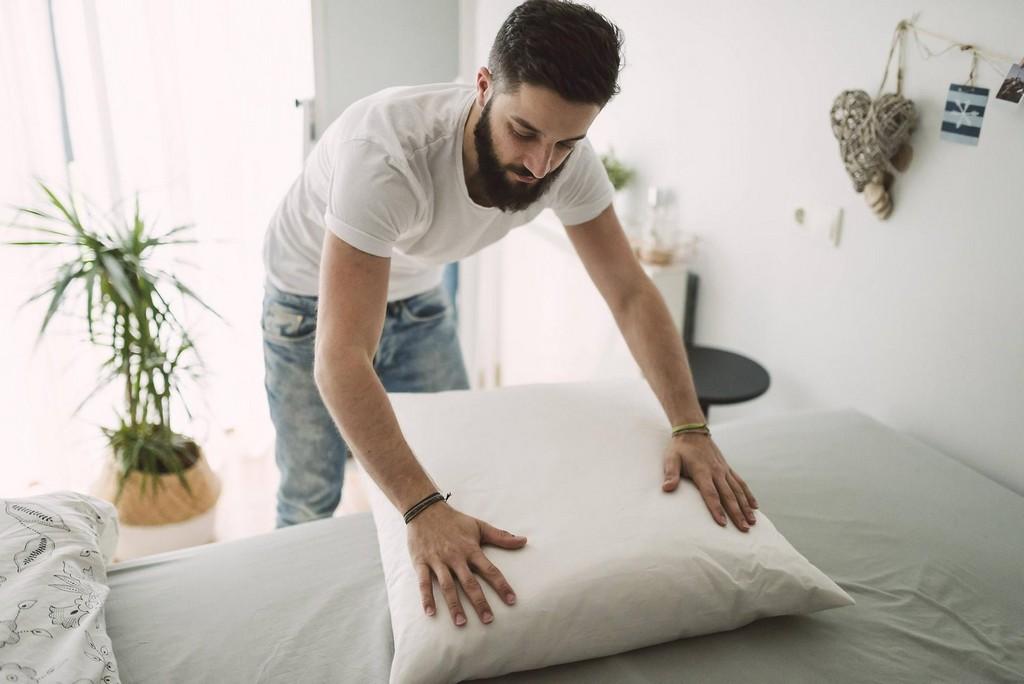 Abziehen Und Waschen Wie Oft Sie Ihre Bettwsche Tatschlich for dimensions 1617 X 1080