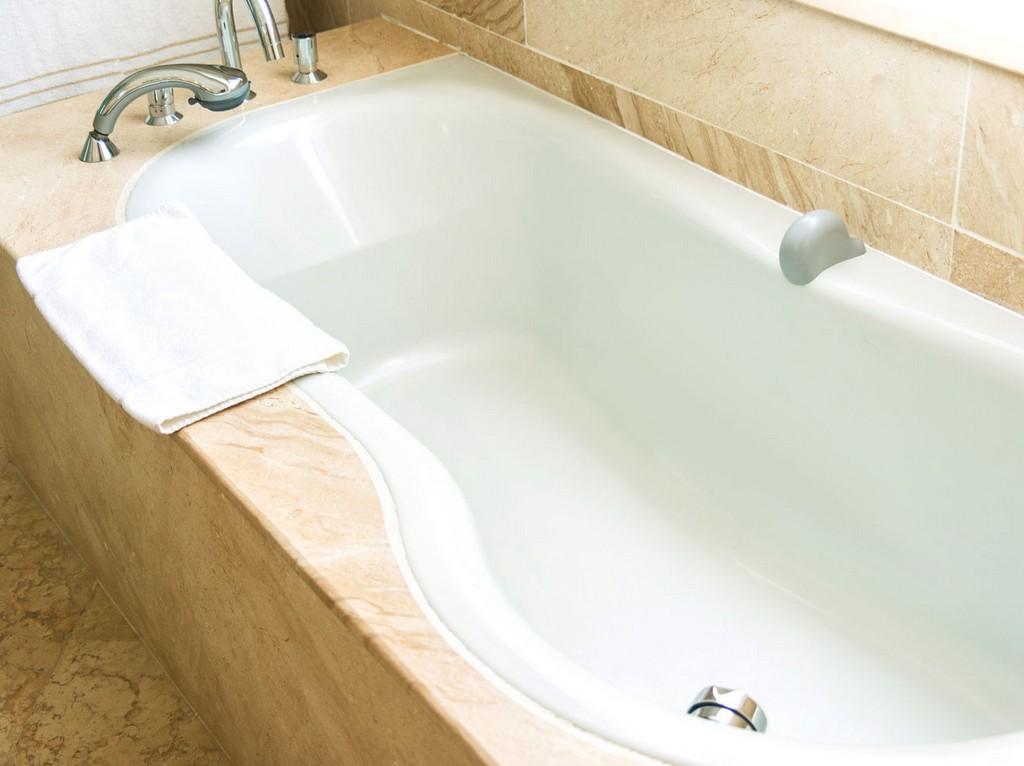 Badewanne Reinigen Diese Hausmittel Sorgen Fr Glanz Liebenswert regarding proportions 1320 X 988
