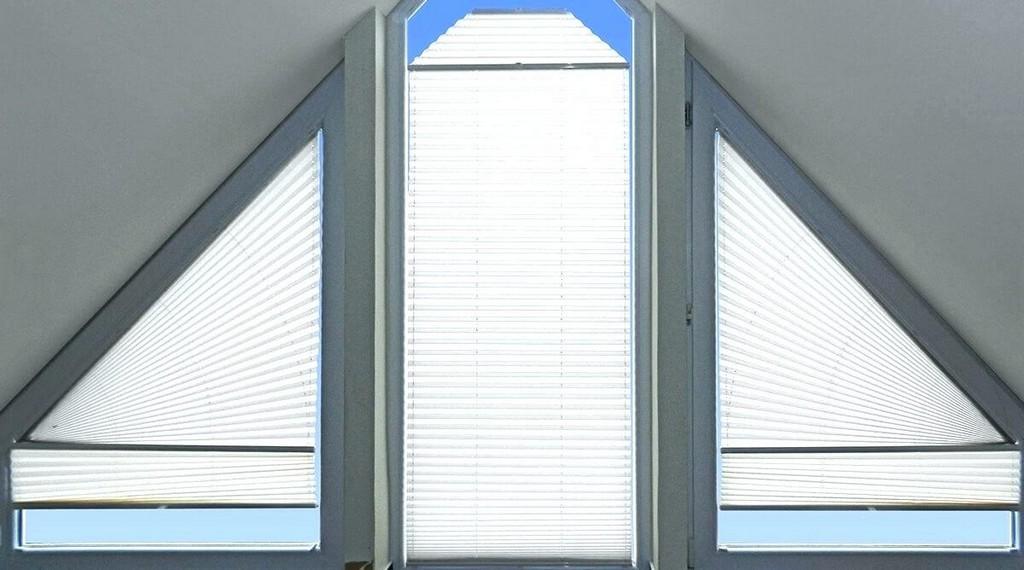Braas Fenster Sonnenschutz Dachfenster W Innenansicht Innen Velux in measurements 1200 X 668