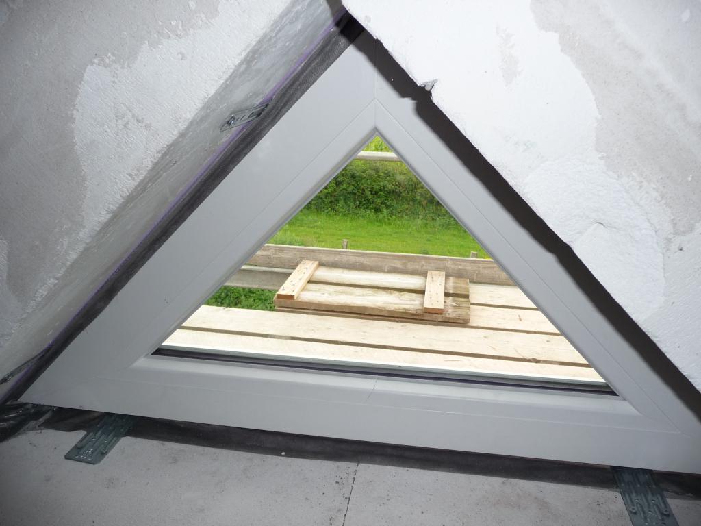 Dreiecksfenster Auf Dem Spitzboden Leider Nicht Zu Ffnen with regard to proportions 1024 X 768